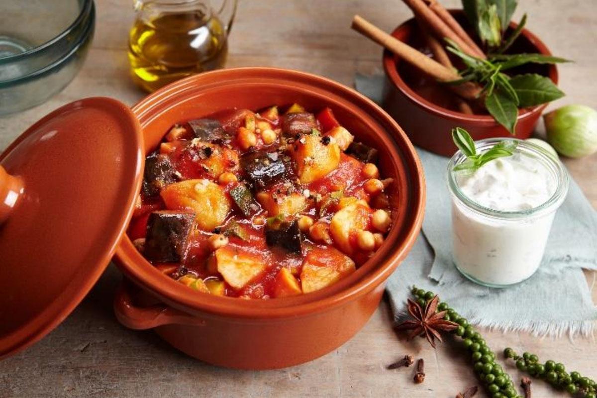 Orientalische Kartoffeln: Geschmacksvielfalt im heißen Tongefäß