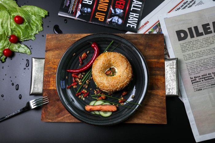 HelloFresh SE: beteiligt sich an Russlands Chefmarket LLC