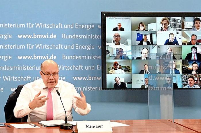 Wirtschaftsgipfel: Bundesminister im Austausch mit über 40 Verbänden