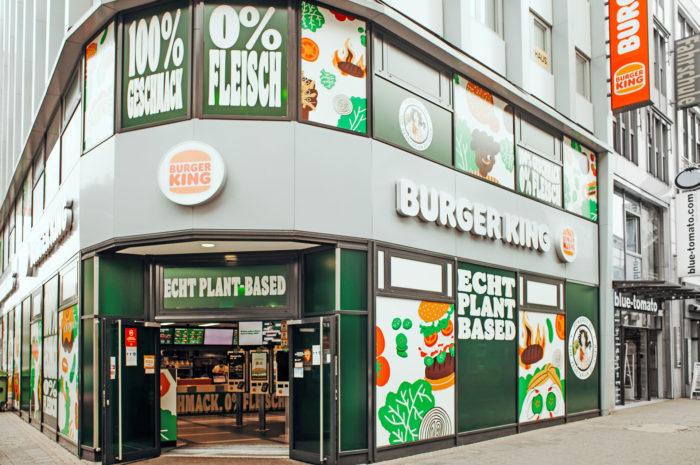 Weltweit erstes vegetarisches Burger King Restaurant in Köln